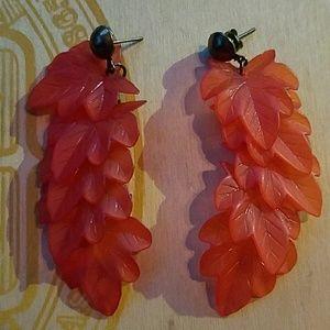 Jewelry - Vintage Leaf Earrings